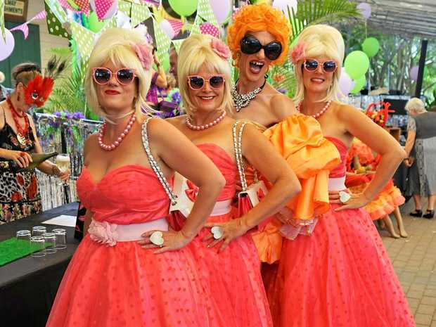 CARNIVALE COLOUR: The Doo Wop Dolls and Melony Brests.