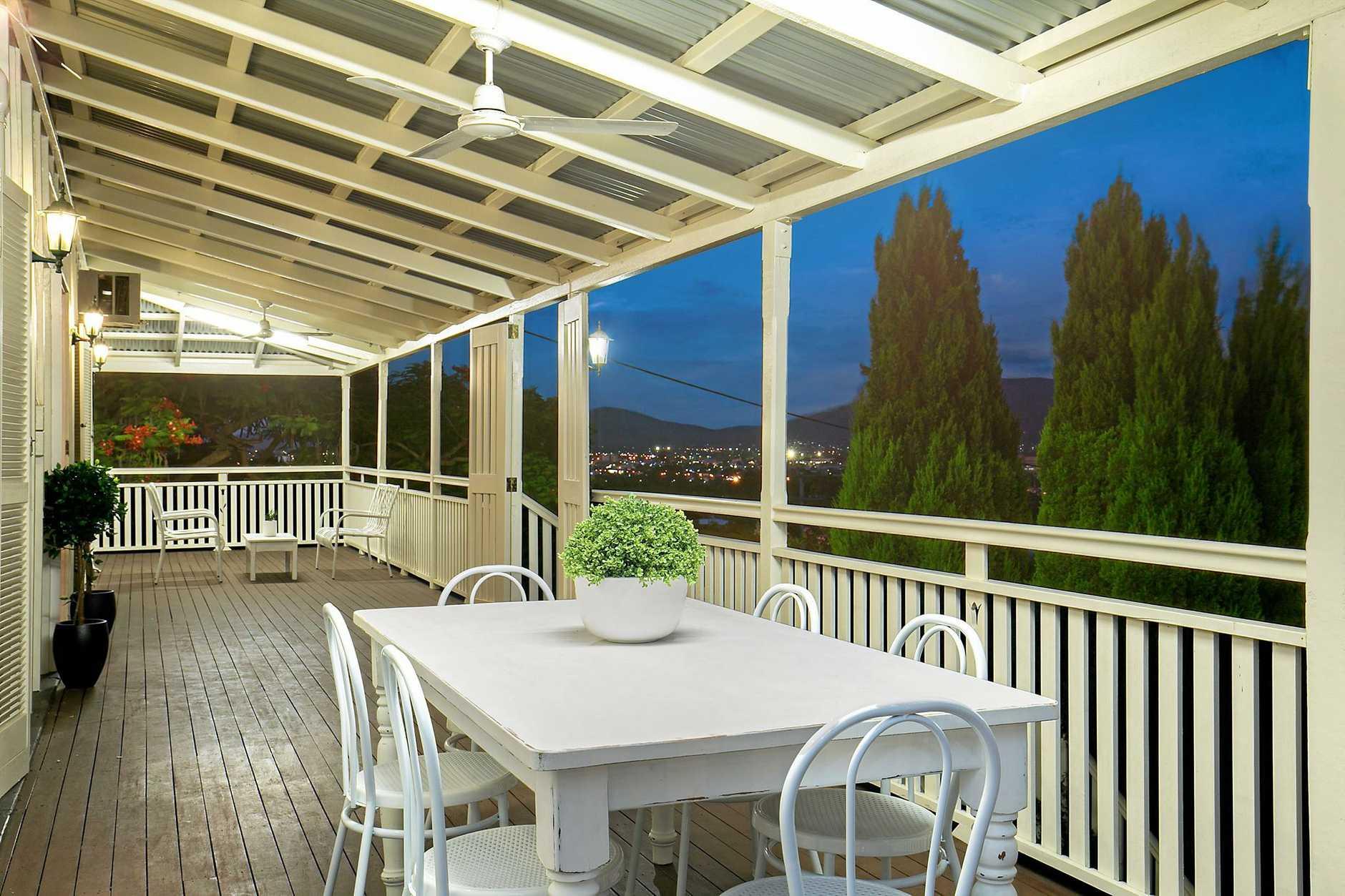 The balcony overlooking the stunning views of Rockhampton city.