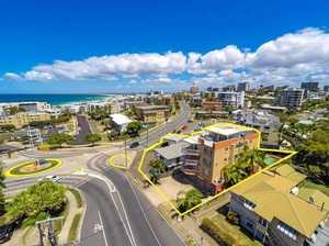 Oceanside commercial opportunity in Sunshine Coast hot spot