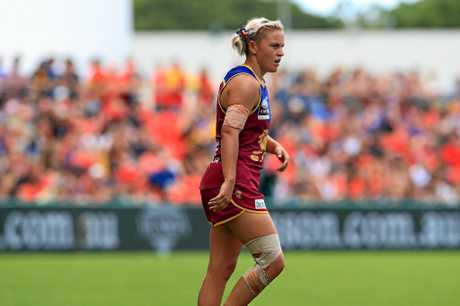 Erin Phillips wins AFL Women's best and fairest