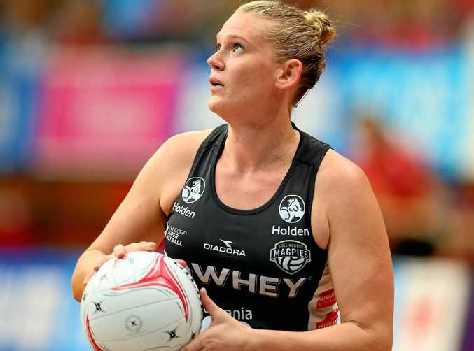 Caitlin Thwaites of the Magpies scored the winning goal in a tight finish against the Swifts.