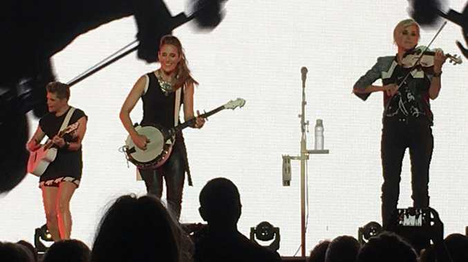 The Dixie Chicks performed their classics at Brisbane Entertainment Centre last night. Photo: Twitter @corksonacob