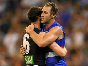 Cloke and daggers: Magpie fans slammed for boos