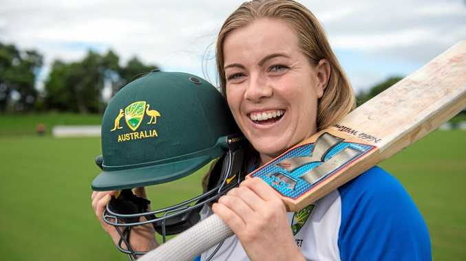 Coffs Harbour-based medical student Georgia Redmayne is in Sri Lanka after being selected to play for the Shooting Stars, Australia's squad of rising female cricket stars.