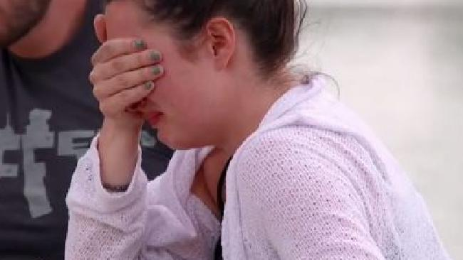 Vanessa breaks down during her miserable break-up with Andy over fish and chips.