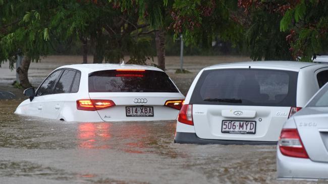Cars at Robina Hospital.