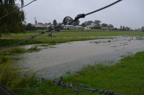 Lying areas begin to flood in Warwick