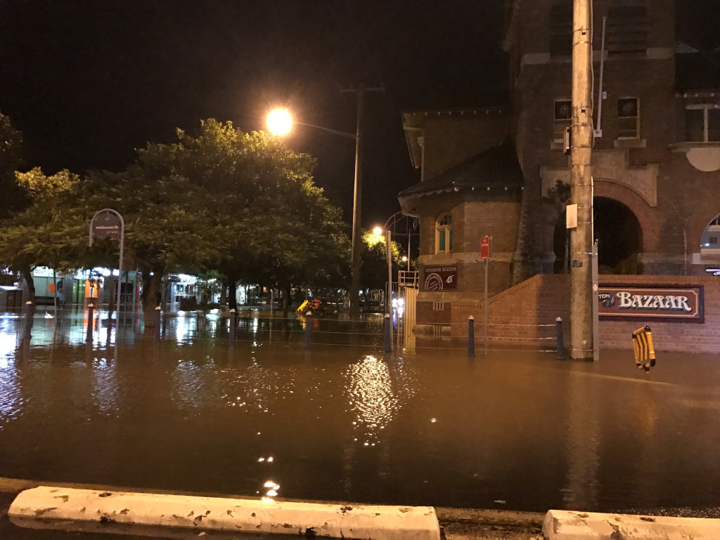 Corner of Magellan and Molesworth Streets, Lismore after the levee broke.