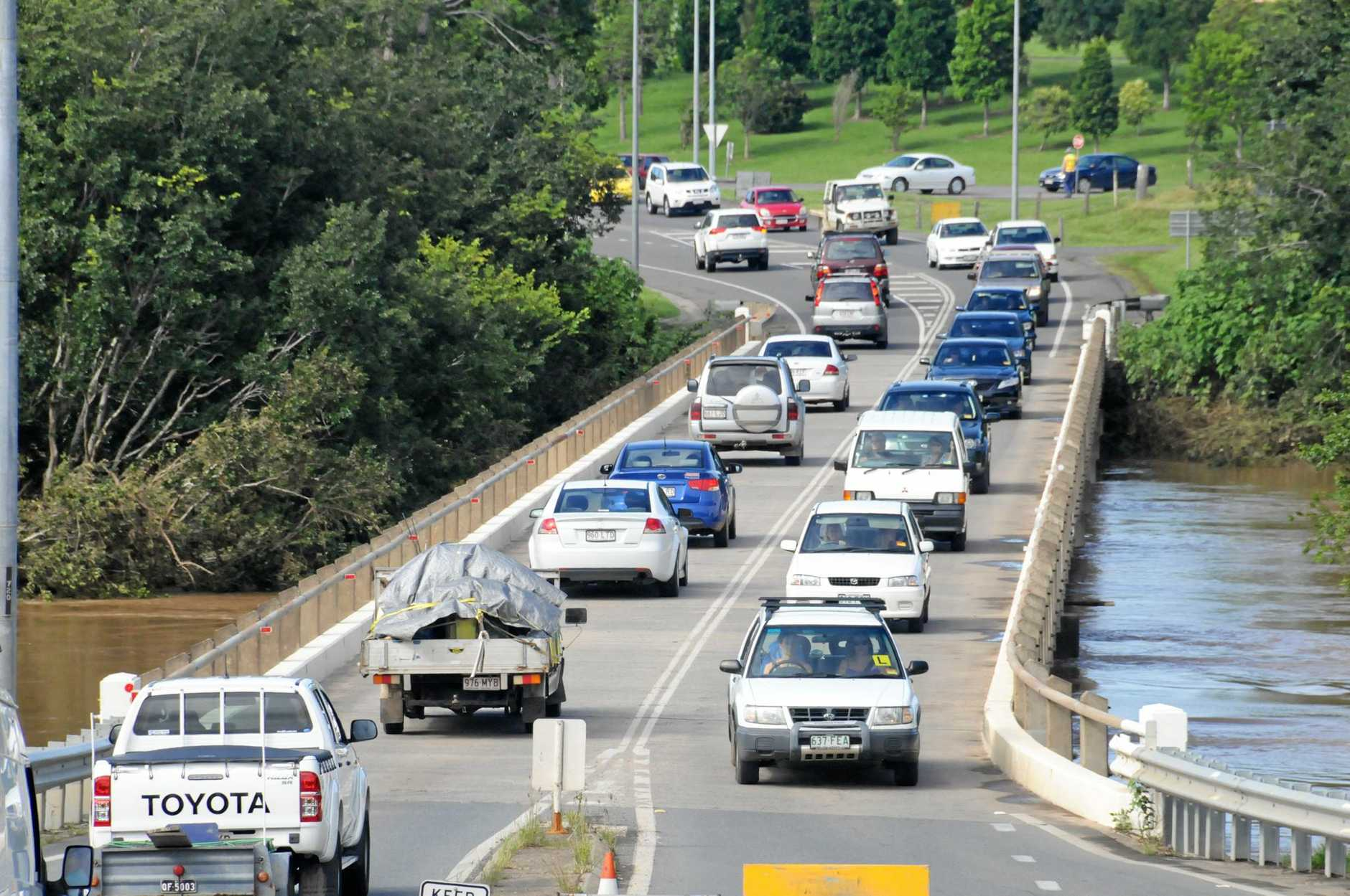 Traffic over Normanby kidd bridge is flooded Photo Renee Pilcher / The Gympie Times