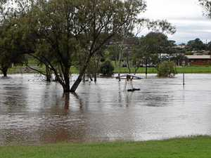 Flood warnings down Condamine River