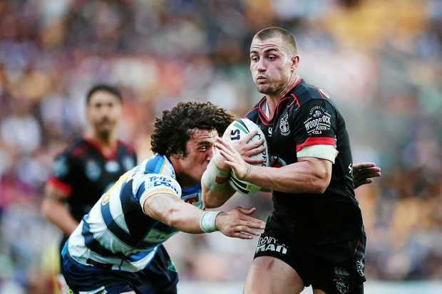 Kieran Foran in action for the Warriors at Mt Smart Stadium.