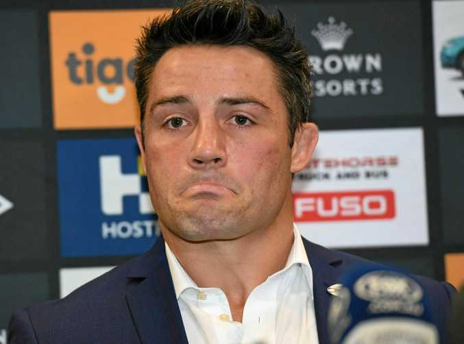 Cooper Cronk set the scene for a bidding war among Sydney NRL clubs for his signature after announcing he will leave Melbourne at the end of the season.