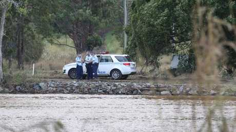 Three feared dead after car plunges into Tweed river at Tumbulgum Northern NSW.