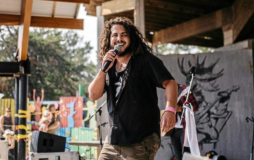 ENTERTAINMENT CENTRAL: Canadian singer Caleb Hart will introduce listeners to his energetic Island Soul.