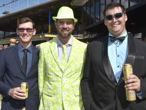 IN PICTURES: Weetwood punters soak up fun at races