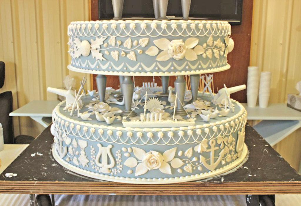 Maryborough Peace Cake replica.