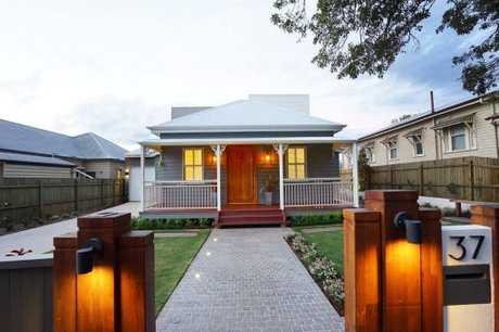 37 Arthur St has undergone major renovations. It is now on the market and will go to auction in November.
