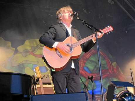 Neil Finn belted out hits from his Crowded House and Split Enz days. Photo Lesley Apps / The Daily Examiner