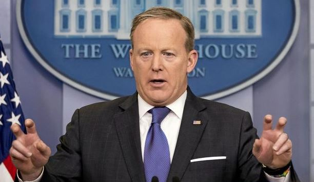 US Press secretary commits astonishing gaffe.