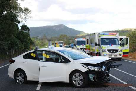 Bruce Highway crash: Fatal four-vehicle collision closes major road near Maryborough
