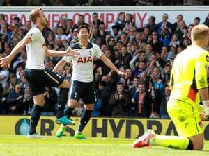 Tottenham keeps pressure on Chelsea with victory