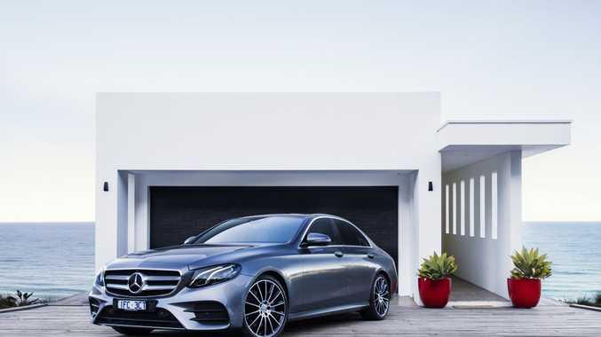 Mercedes benz e300 and e400 road test and review for Mercedes benz autonomous driving