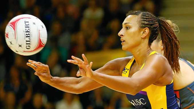 SUNSHINE COAST, AUSTRALIA - MARCH 11 :  Geva Mentor of the Lightning   during the round four Super Netball match between the Lightning and the Giants at University of the Sunshine Coast on March 11, 2017 in Sunshine Coast, Australia.  (Photo by Jason O'Brien/Getty Images)