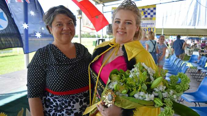 FAMILY SUPPORT: Fiona and Anna Rixon at the Central Highlands Easter Sunflower Festival for 2017.