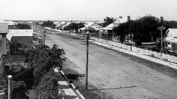 Unidentified street in Mackay, c 1926.