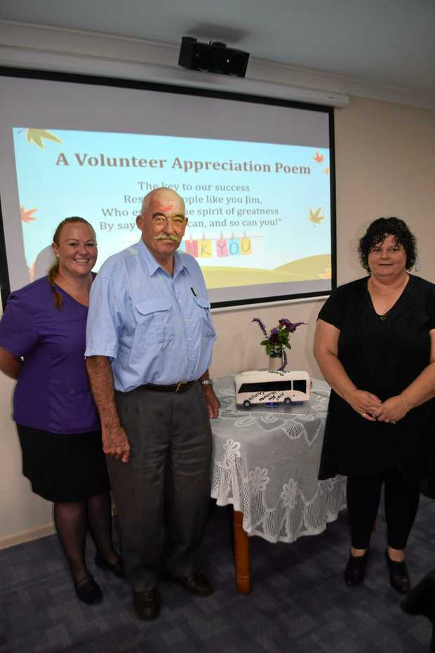 Jim Charleston with Skye Brisotto (right) and Anne Hickey (left) celebrating 10 years as a volunteer at Killarney Memorial Aged Care.