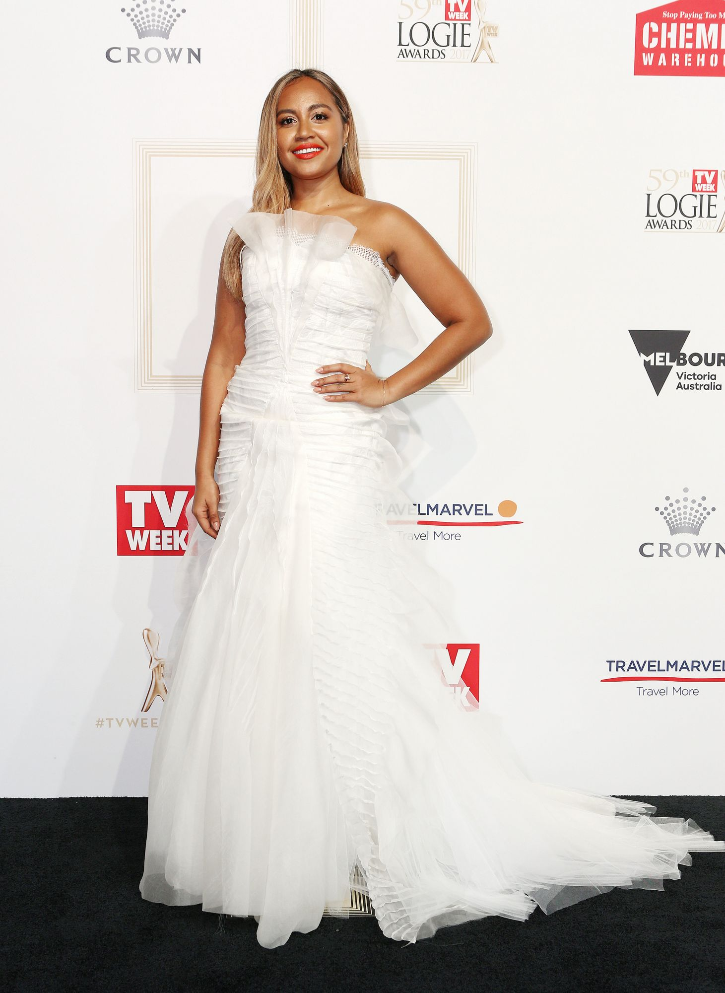 Jess Mauboy, pictured at the 2017 Logies not wearing a jacket.