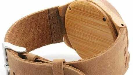 New Toowoomba online retailer Two Dapper makes bamboo and wood accessories.