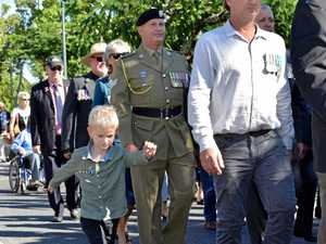 Tewantin Anzac Day march and service
