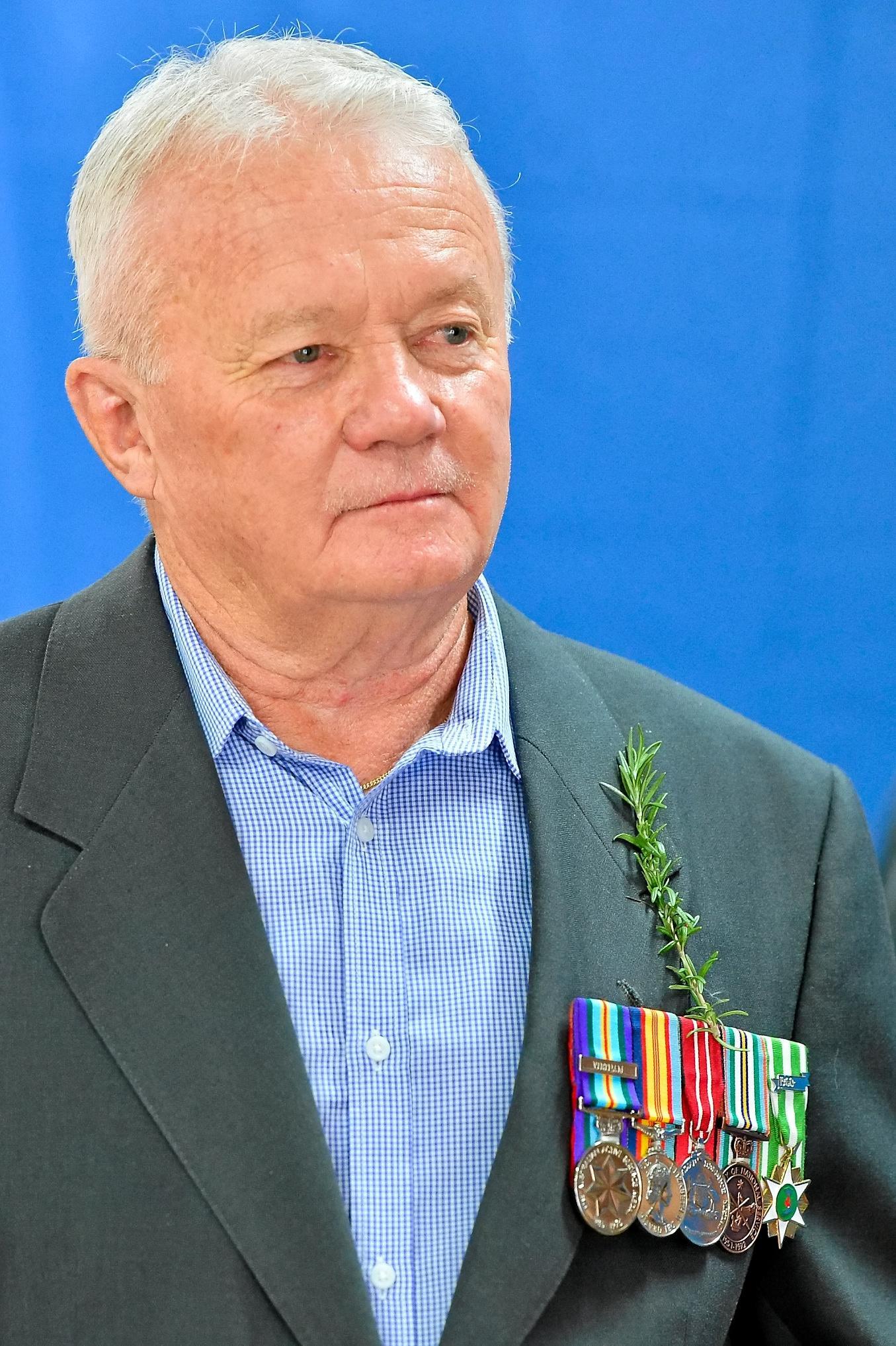 Vietnam veteran Rob Long at the Anzac dawn service in Gladstone, 2017.