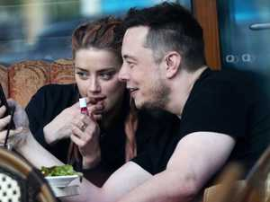 Amber Heard and Elon Musk enjoy a bite to eat at the Shingle Inn, Broadbeach.
