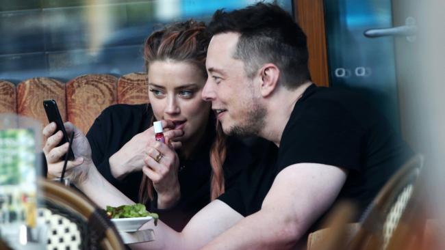 Amber Heard and Elon Musk enjoy a bite to eat at the Shingle Inn, Broadbeach.