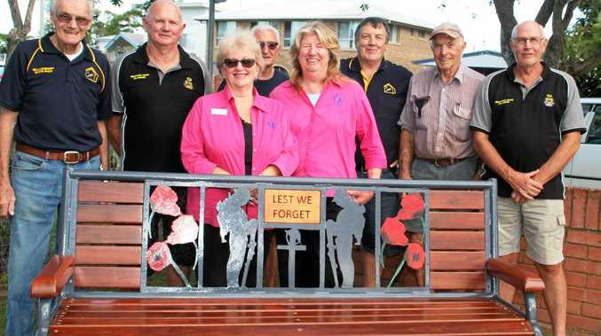 REMEMBERANCE SEAT: Barry Hutton- RSL & Men's Shed, John McKay- RSL, Mick Wright RSL & Men's Shed, David Lawson- Men's Shed, Don Mulcahy- Men's Shed, Bob Freestone- RSL with Denise Hutton and Kerry Innes from Quota Club Brunswick Valley.
