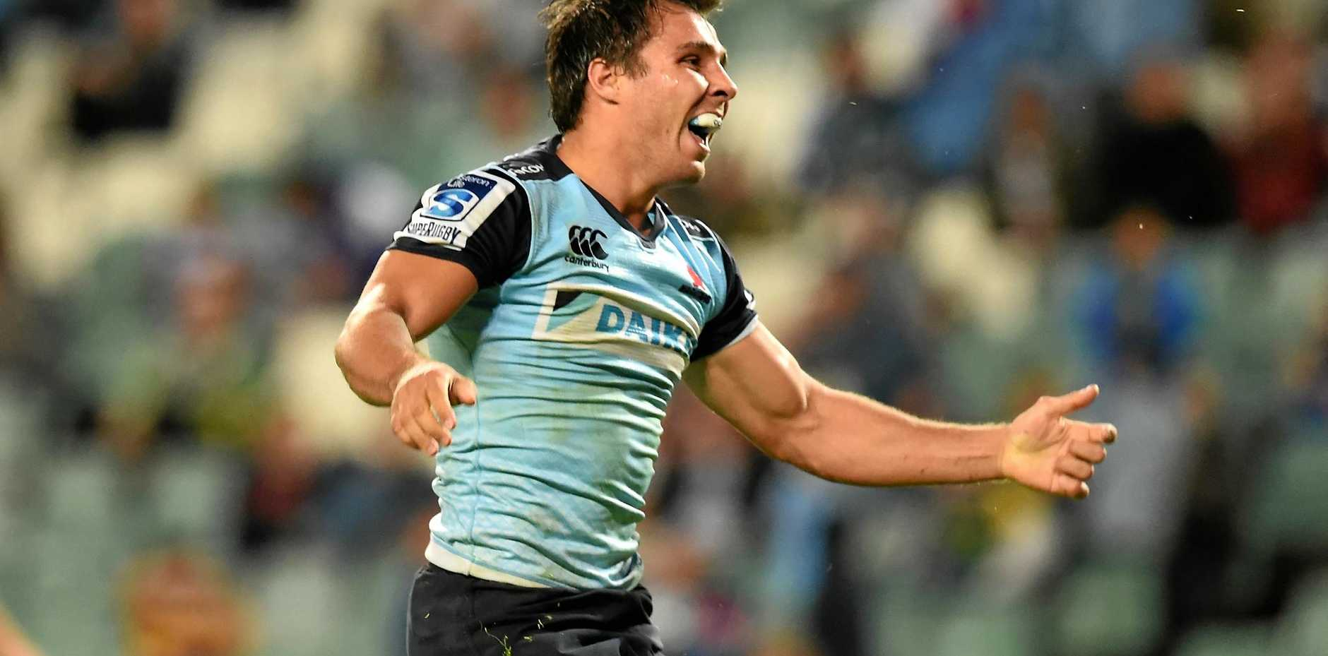 Nick Phipps has been recalled by the Waratahs for Saturday night's clash with the Reds.
