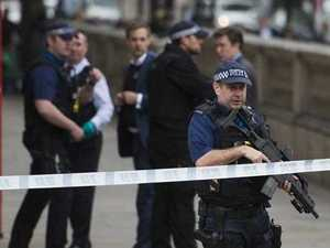 Knife-carrying man held for allegedly planning terror attack