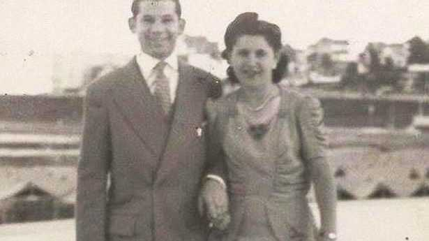 Issac and Teresa Vatkin died within 40 minutes of each other while holding hands