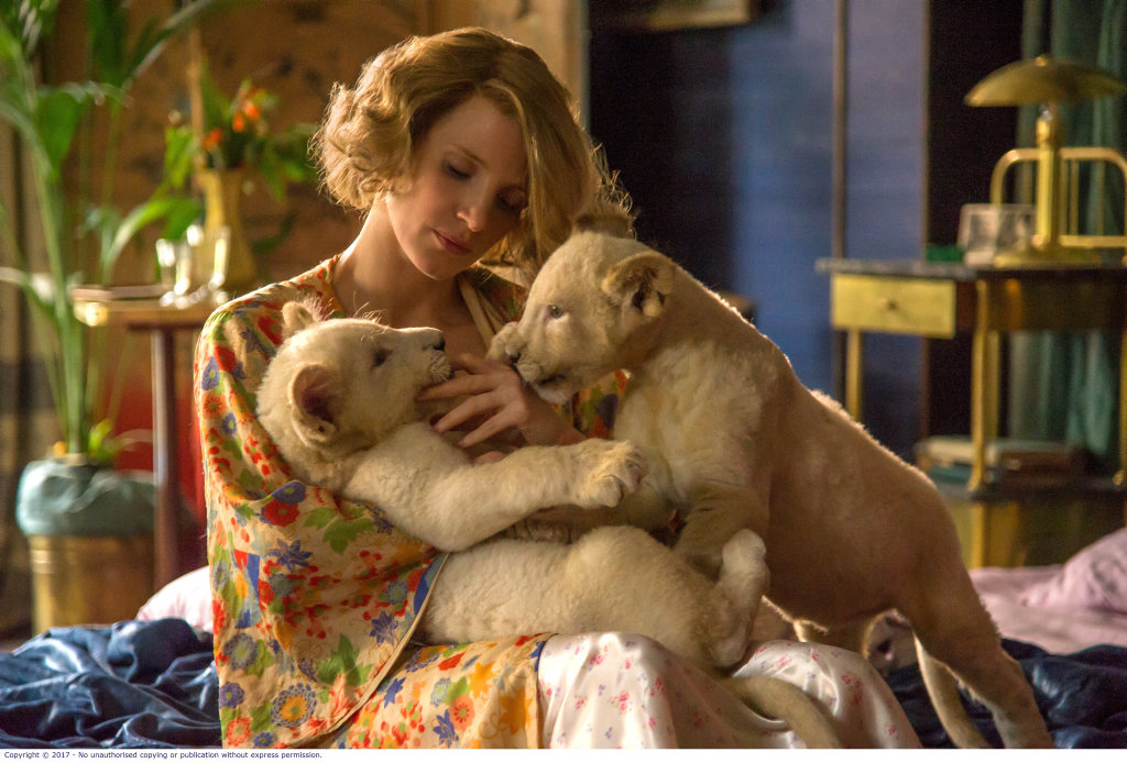 Jessica Chastain in a scene from the movie The Zookeeper's Wife.
