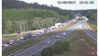 The Bruce Hwy is at a standstill.