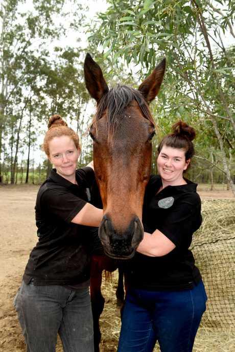 Hucknall Horse Rescue 's Ainsley Murdoch-Pannier and Skye Scott.