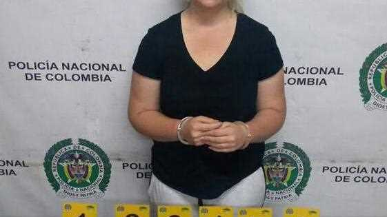 Cassandra Sainsbury during her detention with 5.8 kilos of cocaine at the International Airport the Dorado, in Bogota, Colombia.