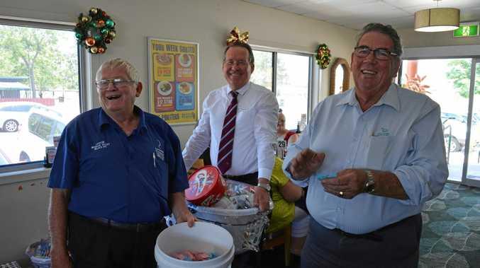 BIG DIFFERENCE: Leukaemia Foundation Lockyer-Brisbane Valley Branch treasurer Geoff Beattie (left) with branch patron Graeme Lehmann (right).