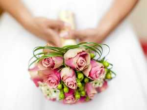 Engage with local suppliers at wedding expo