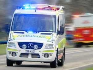 BREAKING: Couple trapped in ute after highway crash