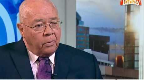 Laurie Oakes questioned the Treasurer about education on Weekend Today.