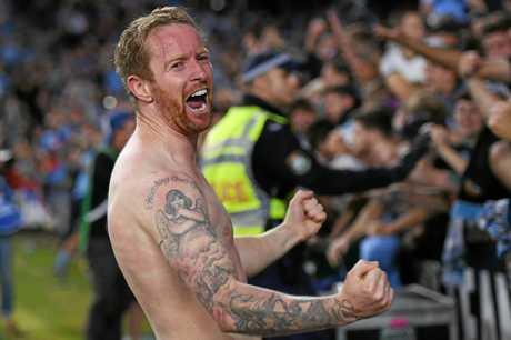 Sydney FC's David Carney celebrates