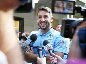 Star man Ninkovic re-signs for A-League champions